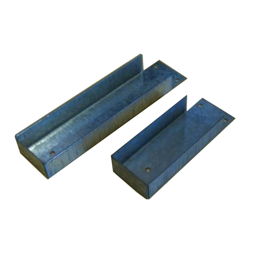 Bracket for attaching Concrete Gravel boards to Timber Posts ...