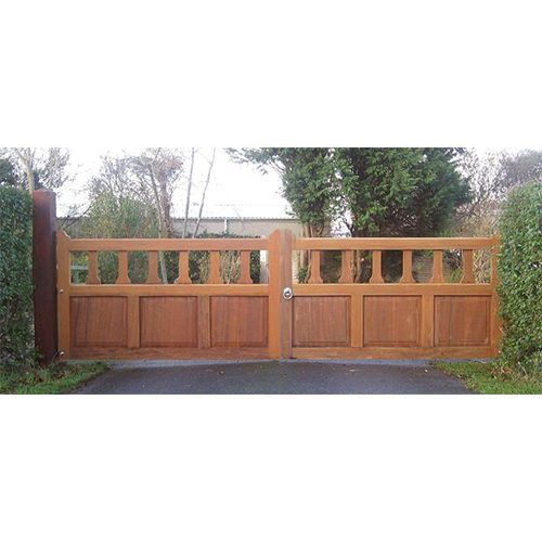 Made to order Hilton Gates by Charlton's Gates