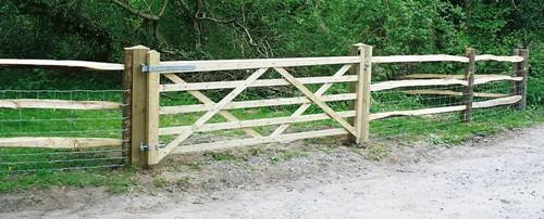 Field Gate by RM Fencing