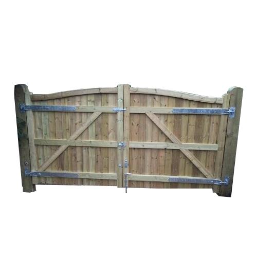Back of Crestala's Hartfield Entrance Gates showing fittings